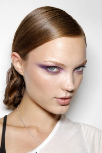 Spring/Summer 2011 Makeup Trends - Bright Eyes