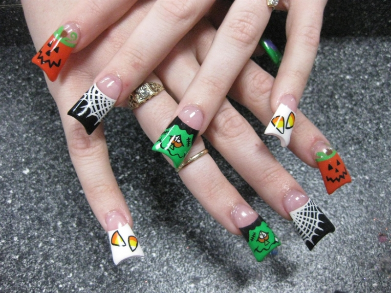 Halloween Nail Art Ideas|