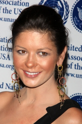 Catherine Zeta Jones Bronzer