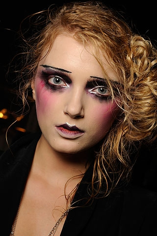 vampire makeup ideas. Halloween Makeup Ideas from