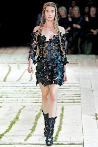 Alexander McQueen 2011 Spring/Summer Fashion Collection