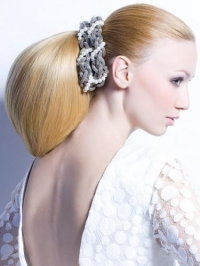 glam holiday hairstyles
