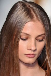 Fall/Winter 2010 Porcelain Doll Makeup Trend