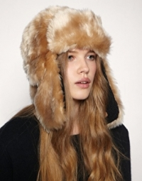 Fall 2010 Faux Fur Accessories Trend