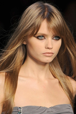 Fall Winter 2010 Bangs Hairstyles Trend