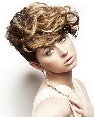 Haircut Trend 2011, Long Hairstyle 2011, Hairstyle 2011, New Long Hairstyle 2011, Celebrity Long Hairstyles 2038