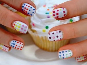 nail art31 thumb Nails with cake and cookie design! Cookie nails art design   Arent they Delicious?