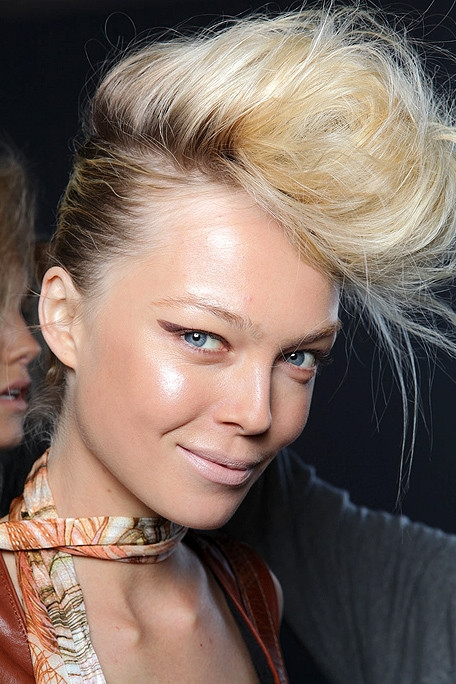 Stylish Runway Hairstyles for 2011.