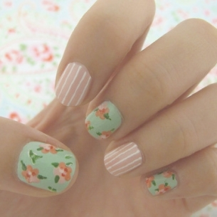 nail design idea thumb wonderful varnish wonderful polish Stylish manicure retro nail art design retro design nails with roses healthy nails decorated manicure beautiful manicure amazing varnish
