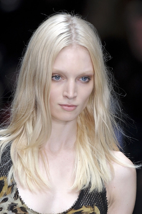 hair styles for bangs summer 2011 hairstyle trends 4327 | burberryspringrtw20112