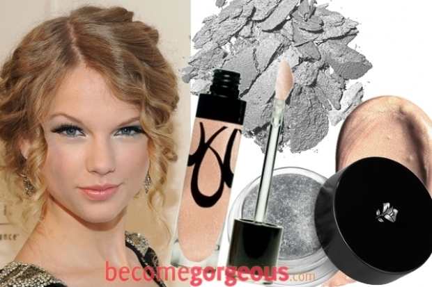 dark makeup ideas. Top your glimpse with mascara to highlight your foxy lashes. taylor swift silver eye makeup thumb Stylish Celebrity Summer Makeup Ideas