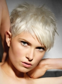Flirty Short Hair Styles Trends
