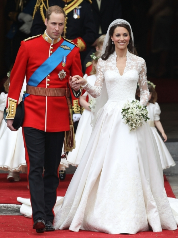 Catherine Middleton Wedding Dress Pictures