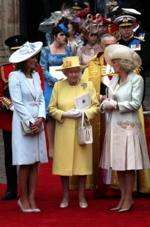 royal wedding outfits. queen elizabeth wedding outfit