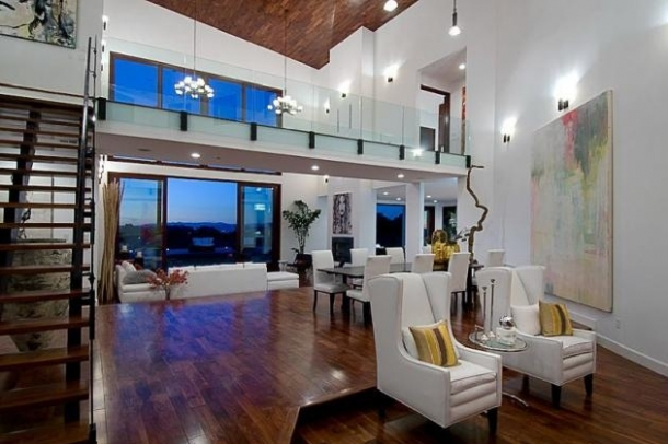 Rihanna Home Beverly Hills, California