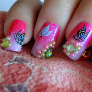 Super Cheerful Nail Art Designs