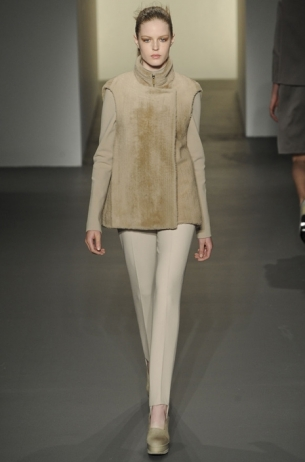 Fall/Winter 2011 Simply Chic Fashion Trend