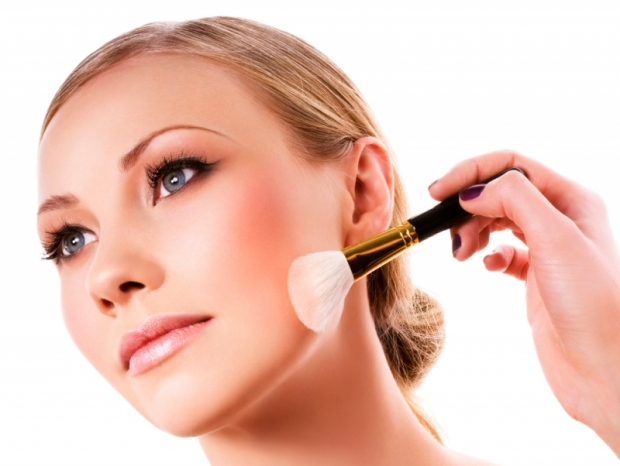 Tips on Applying Blush for a Natural Look