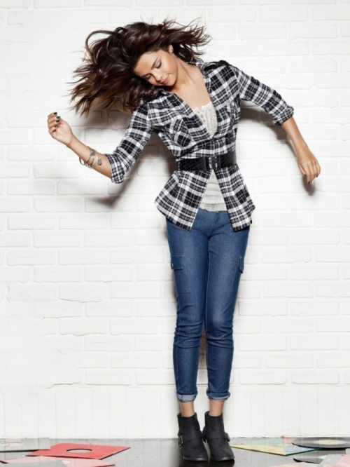 Selena Gomez Dream Out Loud Fall 2011 Collection