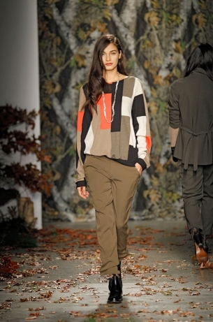 Fall/Winter 2011 Fashion Trend Alert: Color Mixes