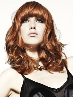 Curved Fringe Hairstyle 2012