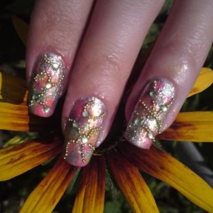 abstract nail art design thumb wonderful polish Stylish manicure nails in many colors modern look interesting varnish golden manicure decorated manicure colorful nails beautiful manicure amazing design