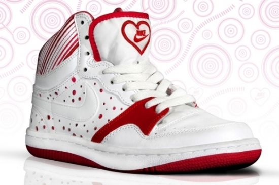 Nike Court Force High for Valentine