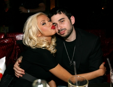 Christina Aguilera and Jordan Bratman<br />This Hollywood couple seemed to have the perfect recipe for a happy, never-ending marriage as they started dating in 2002 and after 3 years of dating the couple decided to take their relationship to another level and get married. The two looked like a fairytale couple and everything was pink, the couple even becoming proud parents of a little baby boy. However nothing last for long as in 2010 the couple filed for divorce and their romance story came to an end.