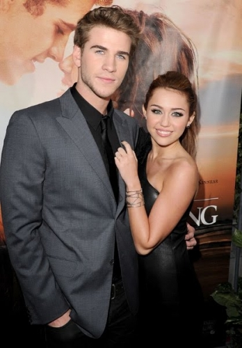 "Miley Cyrus and Liam Hemsworth<br />Miley Cyrus and Liam Hemsworth met on the set of ""The Last Song"" and ever since the two seemed perfect for each other. This Hollywood couple looked like they were experiencing that pure teenager love that makes your heart melt but it seems that the love flame has burned out in 2010, after more than 1 year of dating, when the couple split. <br />"
