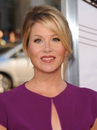 Christina Applegate Welcomes Baby Girl