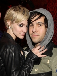 Ashlee Simpson and Pete Wentz Split
