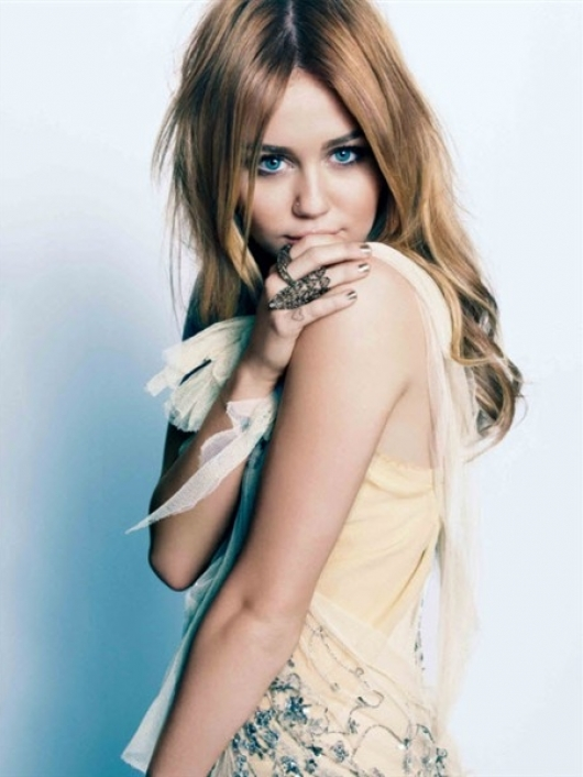 Miley Cyrus pictures 2011 Marie Claire