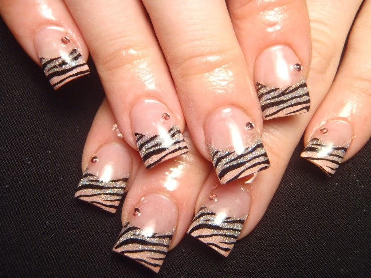 Zebra Tips Nail Art 25