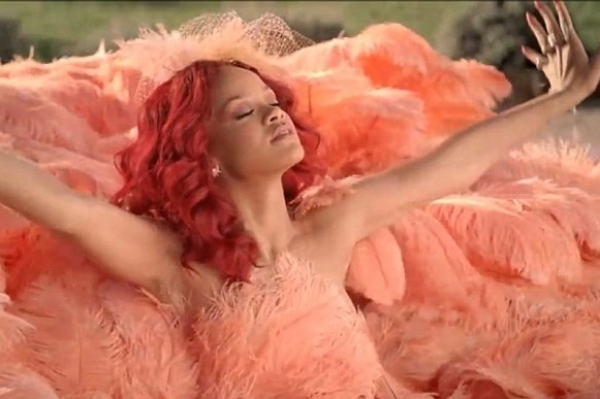 Rihanna Pictures of Perfume Ad