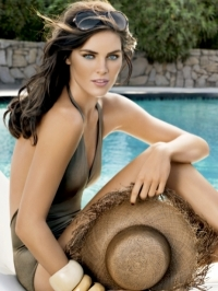 Estee Lauder Bronze Goddess Soleil Makeup for Summer 2011