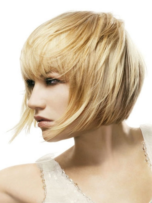 Hair Stayil : Wispy Layered Medium Hair Styles