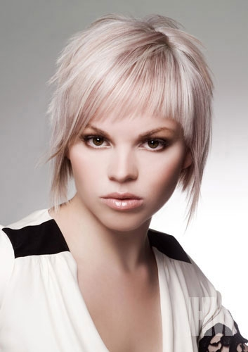 hair machine styles funky medium layered hair styles 4594