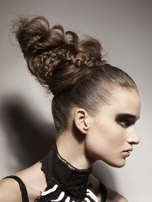 different haircut for stylish updo hairstyle ideas for 2011 3877
