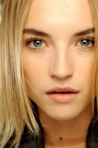 Easy Beauty Tricks to Look Younger