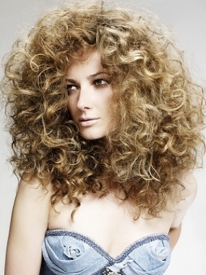 Haircuts for Curly Hair Types|