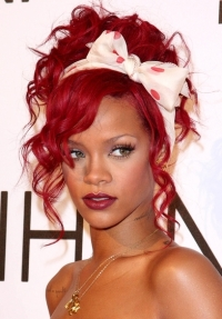 Rihanna's New Fragrance Reb'l Fleur Launch