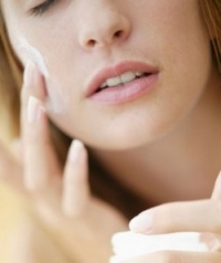 Ingredients to Avoid in Sensitive Skin Care Products