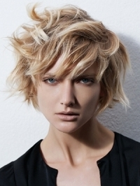 Cool Textured Medium Hairstyles