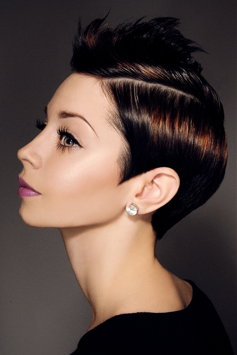 Glossy Hair Styling Ideas for Short Hair