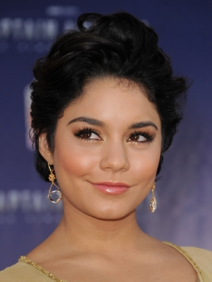 Vanessa Hudgens New Short Hairstyle