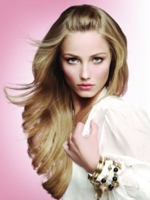 Hairstyle Tips for On-the-Go Girls