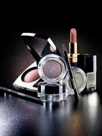 Chanel Fall 2011 Illusion d'Ombres Makeup Collection