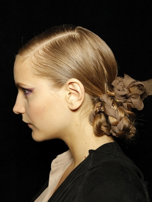 Stylish and Easy Updo Hairstyle Ideas