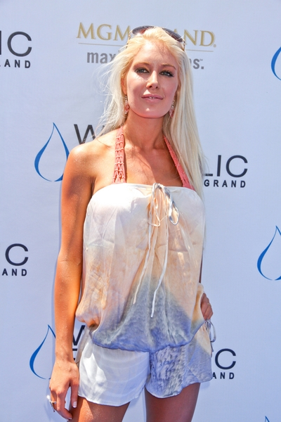 heidi montag 2011. Heidi Montag Claims She Works