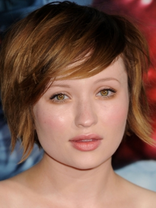 Emily Browning Short Layered Hair